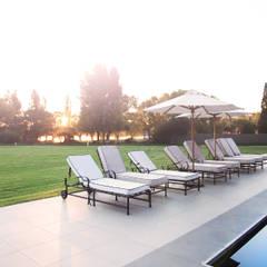 Vaal River:  Garden Pool by Plan Créatif