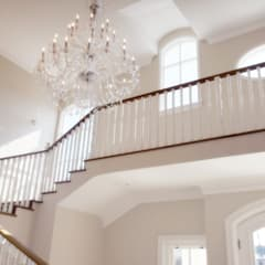 Saddlebrook Estate:  Stairs by Plan Créatif, Classic