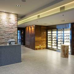 레스토랑 인테리어 RESTAURANT INTERIOR_부산인테리어: 감자디자인의  다이닝 룸,한옥