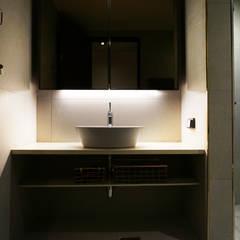 APT INTERIOR: 감자디자인의  욕실