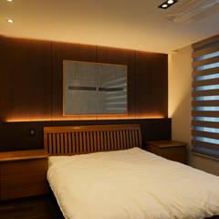 59PY 아파트 인테리어 APT INTERIOR_부산인테리어: 감자디자인의  침실,한옥