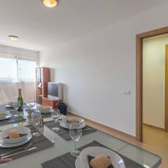 Home Staging piso con toques estilo industrial: Comedores de estilo  de Home Staging Tarragona - Deco Interior