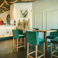 قبو النبيذ تنفيذ Estudio Mercedes Arce, حداثي الخرسانة