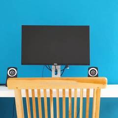 Study Room: Ruang Kerja oleh ADEA Studio,