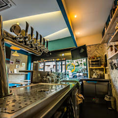 Stratigrafie의  바 & 카페