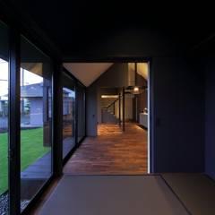 غرفة الميديا تنفيذ キューボデザイン建築計画設計事務所