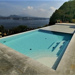Infinity pool by Mirani Sas