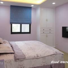 2樓孝親房-紫色的調性,柔和浪漫:  臥室 by 心之所向設計美學工作室