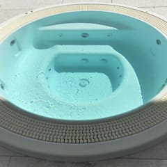 Hot Tub by Mirani Sas