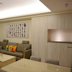 Salas de estilo  por 台中室內設計裝修|心之所向設計美學工作室, Asiático