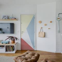 Apto Otarq Salas de estar escandinavas por Ana Guedelha Arquitetura e Interiores Escandinavo