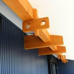 有玉北町の家 の 新田建築設計室 オリジナル 木 木目調