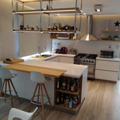 Built-in kitchens by MOBILFE,