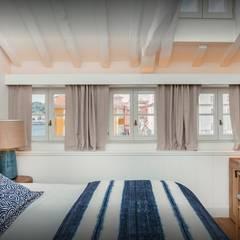 Gran Cruz House: Hotéis  por N&N-Arquitectura e Planeamento, Lda