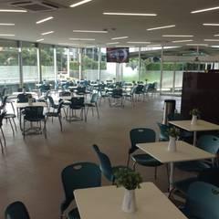 Comedor Institucional Nafinsa: Salones para eventos de estilo  por BIM Arquitectos S.A. de C.V.