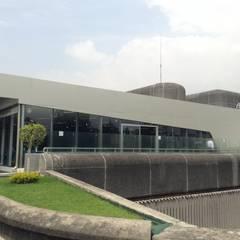 Nơi tổ chức sự kiện by BIM Arquitectos S.A. de C.V.