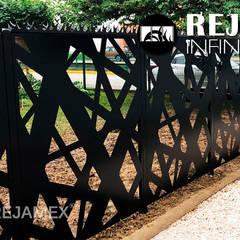Jardins de fachada  por Rejamex