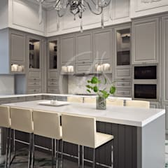 Neoclassical Palace Design:  Kitchen units by Comelite Architecture, Structure and Interior Design