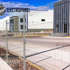 Reja de Acero Electropanel: Edificios de Oficinas de estilo  por Rejamex