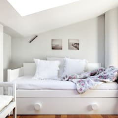 Teen bedroom by Estudio Mercedes Arce