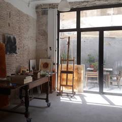 اتاق کار و درس توسطLCC, Licitaciones y Contrataciones de Construcción