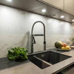 VINTAGE VIBES: styl , w kategorii Kuchnia zaprojektowany przez KODO projekty i realizacje wnętrz