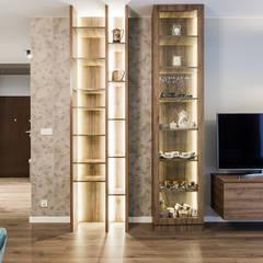 VINTAGE VIBES: styl , w kategorii Salon zaprojektowany przez KODO projekty i realizacje wnętrz