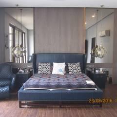 Bungalow at Moradabad:  Bedroom by Design Concept creative studio