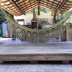 Balcón de estilo  por Arquitetar Engenharia LTDA