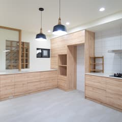 Kitchen by 有隅空間規劃所,