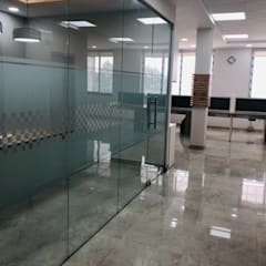 Commercial Spaces by INTROSPECS
