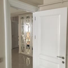 Inside doors by Cabahomedesign,