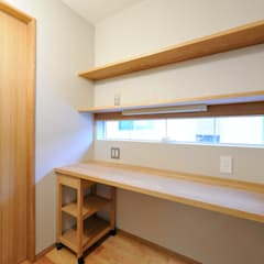 Study/office by 空間工房株式会社