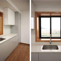 Apartamento Arcozelo por PortoHistórica Construções SA Minimalista