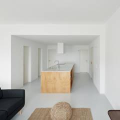 Beato: Cozinhas  por arriba architects