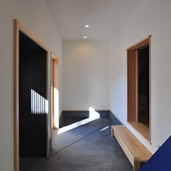 Edificios de oficinas de estilo  por (株)独楽蔵 KOMAGURA
