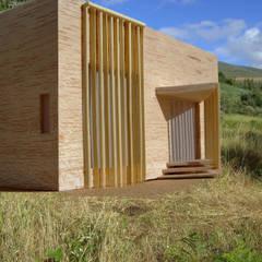 Exterior: Casas de madeira  por IC Point Creative Solutions