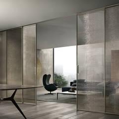 Rimadesio Velaria moderne glazen schuifdeuren op maat in glas en aluminium:  Schuifdeuren door Noctum