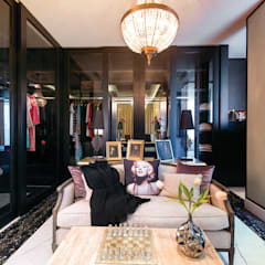 Ahuja Towers, Worli:  Dressing room by Prachi Damle Photography