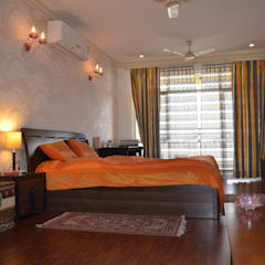 Small bedroom by Neun designs Pvt.Ltd.