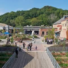 Entornos Terapéuticos Centros Educativos : Terrazas de estilo  de Simbiotia
