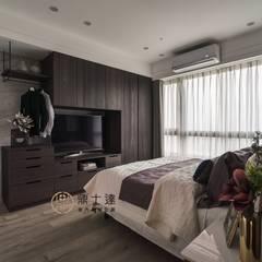 開創多元功能新觀點 Modern Bedroom by 鼎士達室內裝修企劃 Modern Wood-Plastic Composite