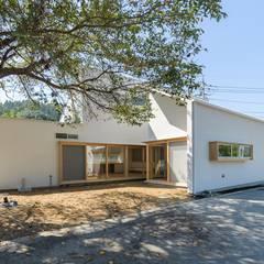 Casas de madera de estilo  por WADAGUMI