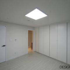 마포구 상암동 상암월드컵파크 3단지 인테리어: DESIGNCOLORS의  방