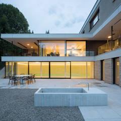 Wohnen in Niederbayern:  Einfamilienhaus von PURE Gruppe Architektengesellschaft mbH