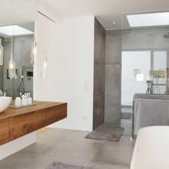 Baños de estilo  por PURE Gruppe Architektengesellschaft mbH,