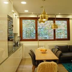 Casas pequeñas de estilo  por FrAncisco SilvÁn - Arquitectura de Interior, Moderno