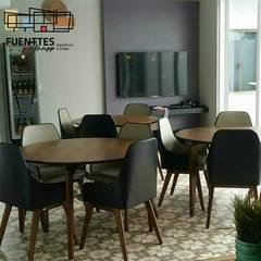 Muebles de cocinas de estilo  por Fuenttes Knupp Arquitetura e Design