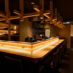 ร้านอาหาร by 東京デザインパーティー|照明デザイン 特注照明器具