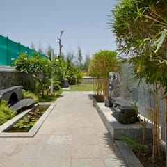 BEACH ESTATE : AKSHI, ALIBAG:  Rock Garden by Bric Design Group